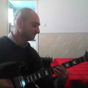 társkereső zenészek között)